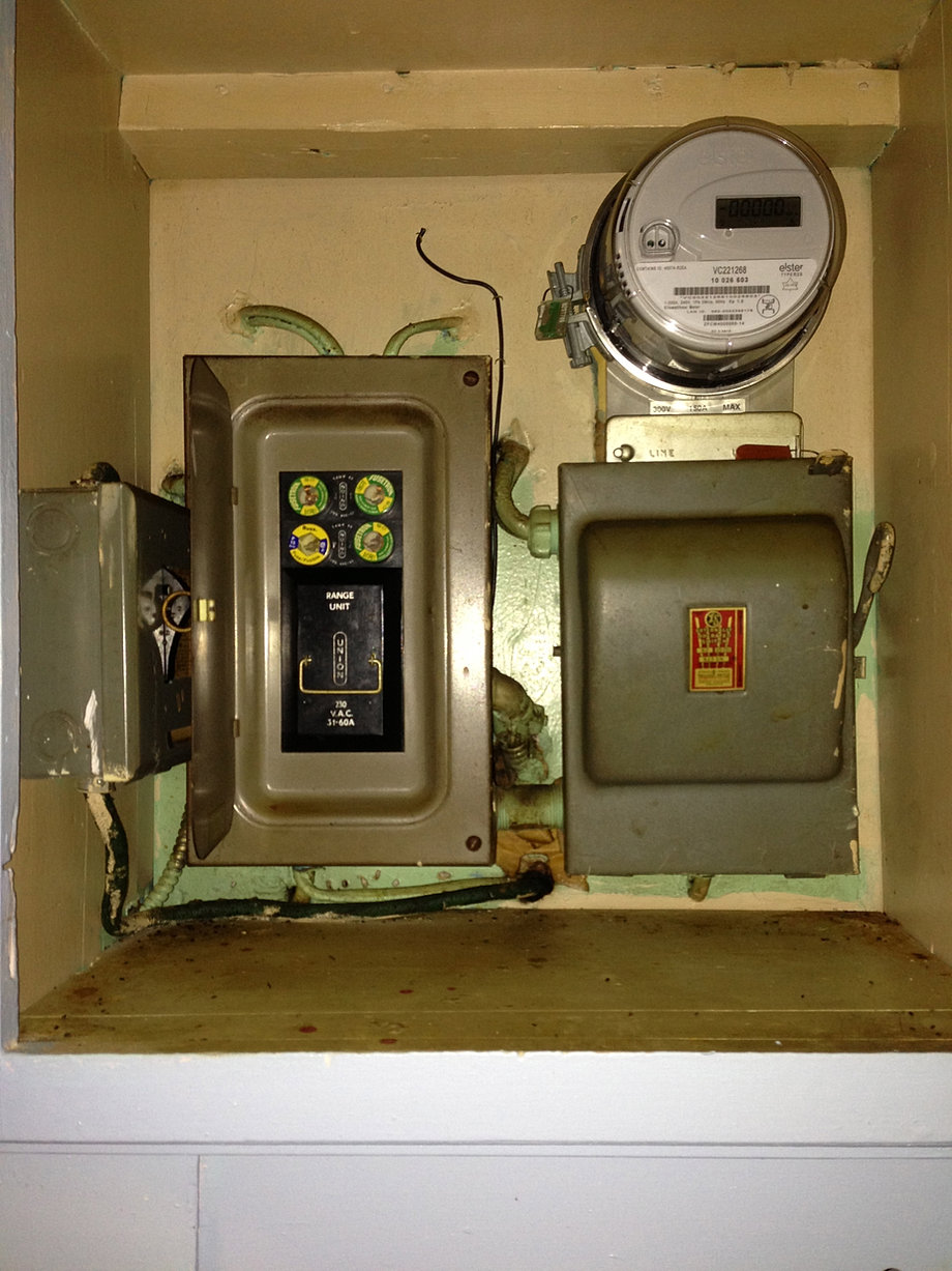 After 50amp Circuit Breaker Panel With Four 20amp Duplex Receptacles