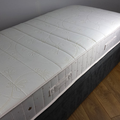 Sleezee Princeton 3ft 1200 Pocket Spring Memory Foam Single Mattress Firm