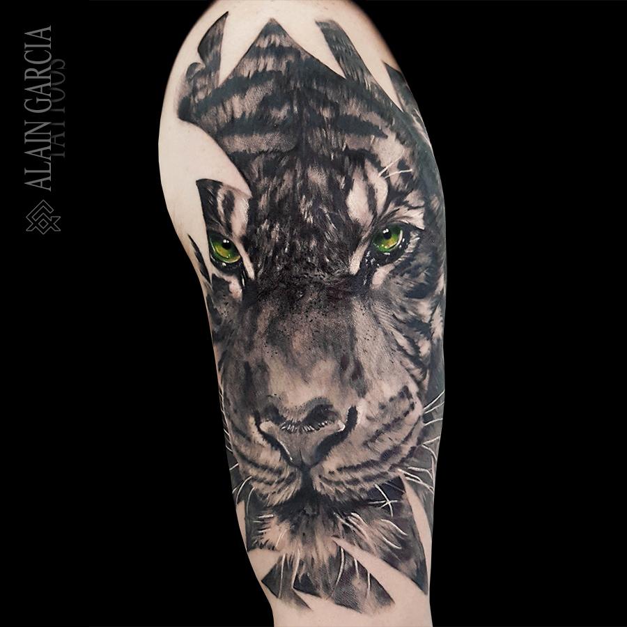 Alain Garcia Tattoos Tarragona Tatuaje Realista Tatuajes Grandes