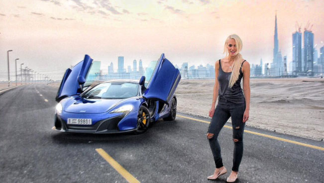 Girl Celebrity Wallpapers Celebrity Appearance Supercar Blondie At Houston Heels And