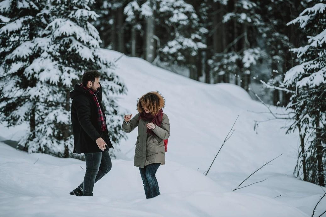 Winter Wonderland Wedding Picnic - Lago di Braies - The Dolomites