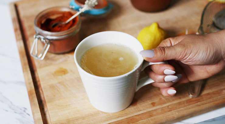 Simple 3-ingredient detox drink