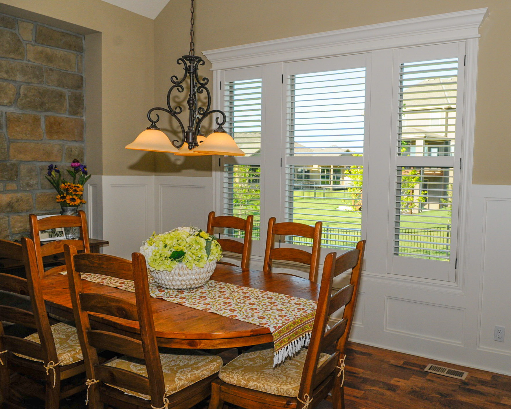 Jul S Window Blinds And Shutters