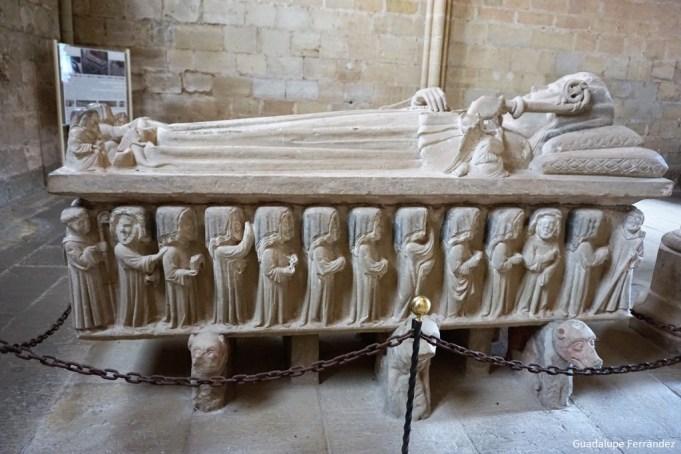 Resultado de imagen de sepulcro Urraca López de Haro Cañas