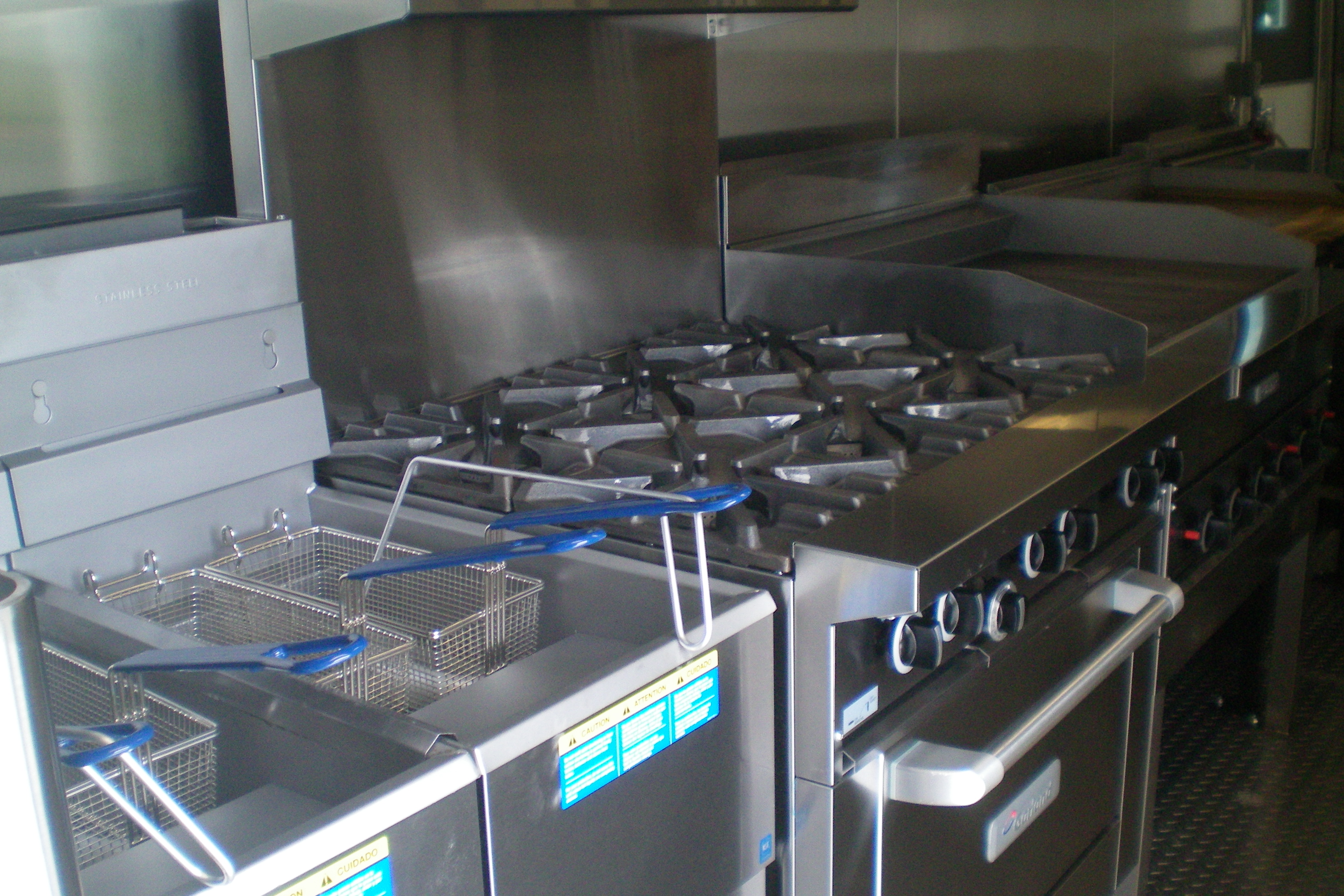 kitchen trailers stove gas american mobile kitchens custom dishwashing units 53 mnr