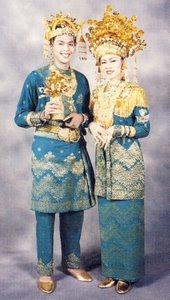 Gambar Pakaian Adat Riau : gambar, pakaian, Provinsi, Pakaian, Tradisional, Melayu