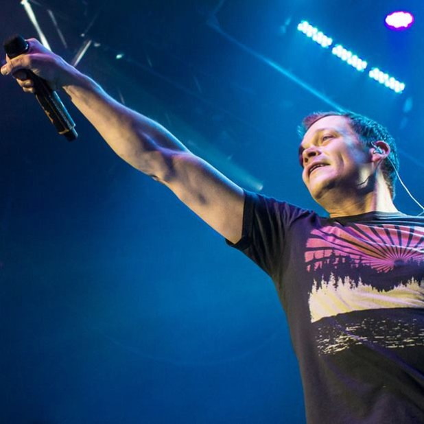 Brad Arnold of 3 Doors Down - Photo by Matt Christine Photography