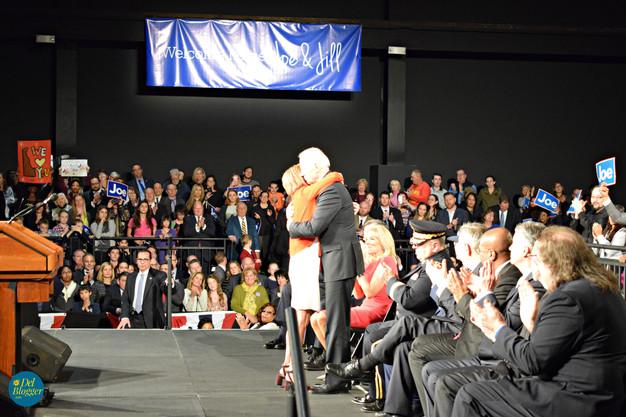 Valerie Biden embracing VP Biden