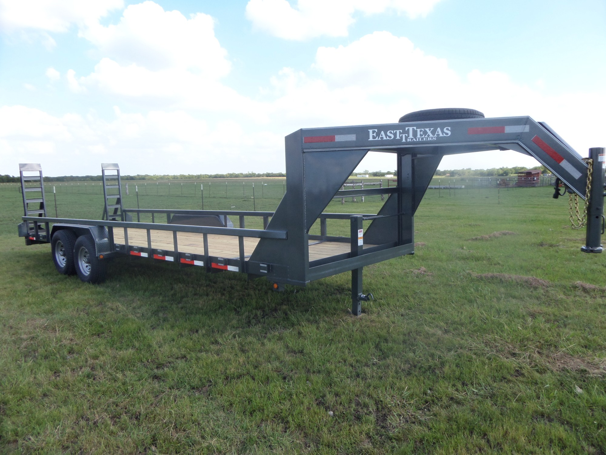 hight resolution of gooseneck equipment trailer