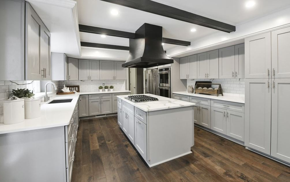 Kitchen Cabinets Omaha
