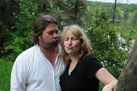 Pannell Bytes Duane & Selena Pannell doing duck lips