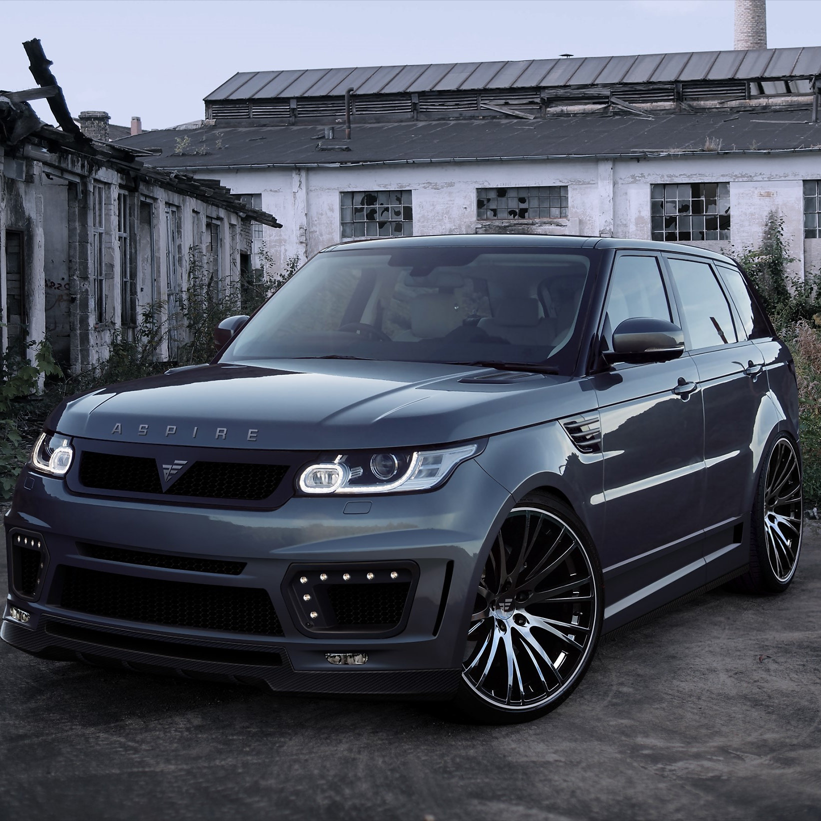 Johnny Angel Customs Bodykits and Vehicle Wrapping Range Rover