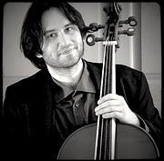 NIKOLAY GINOV Baroque Cello