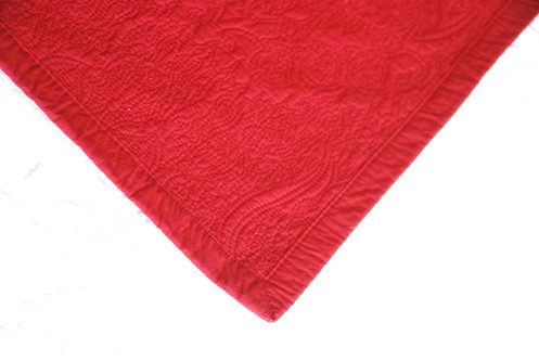 chaps red standard quilted