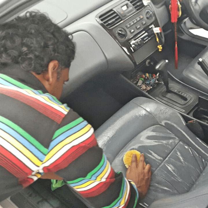 Uniq Car Seat Steam Cleaning