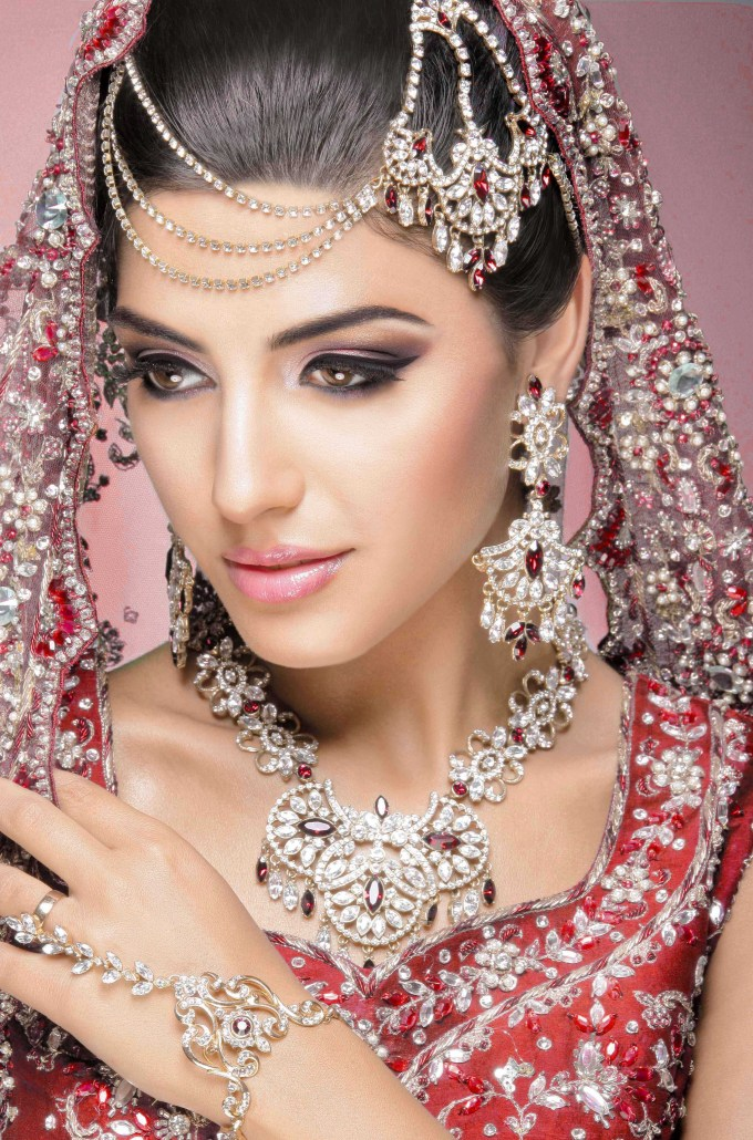 asian bridal makeup artist london,asian bridal makeup