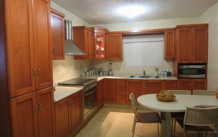 PISOS Y PERSIANAS REYNA HOMES CONSTRUCTION AND BUILDING IN