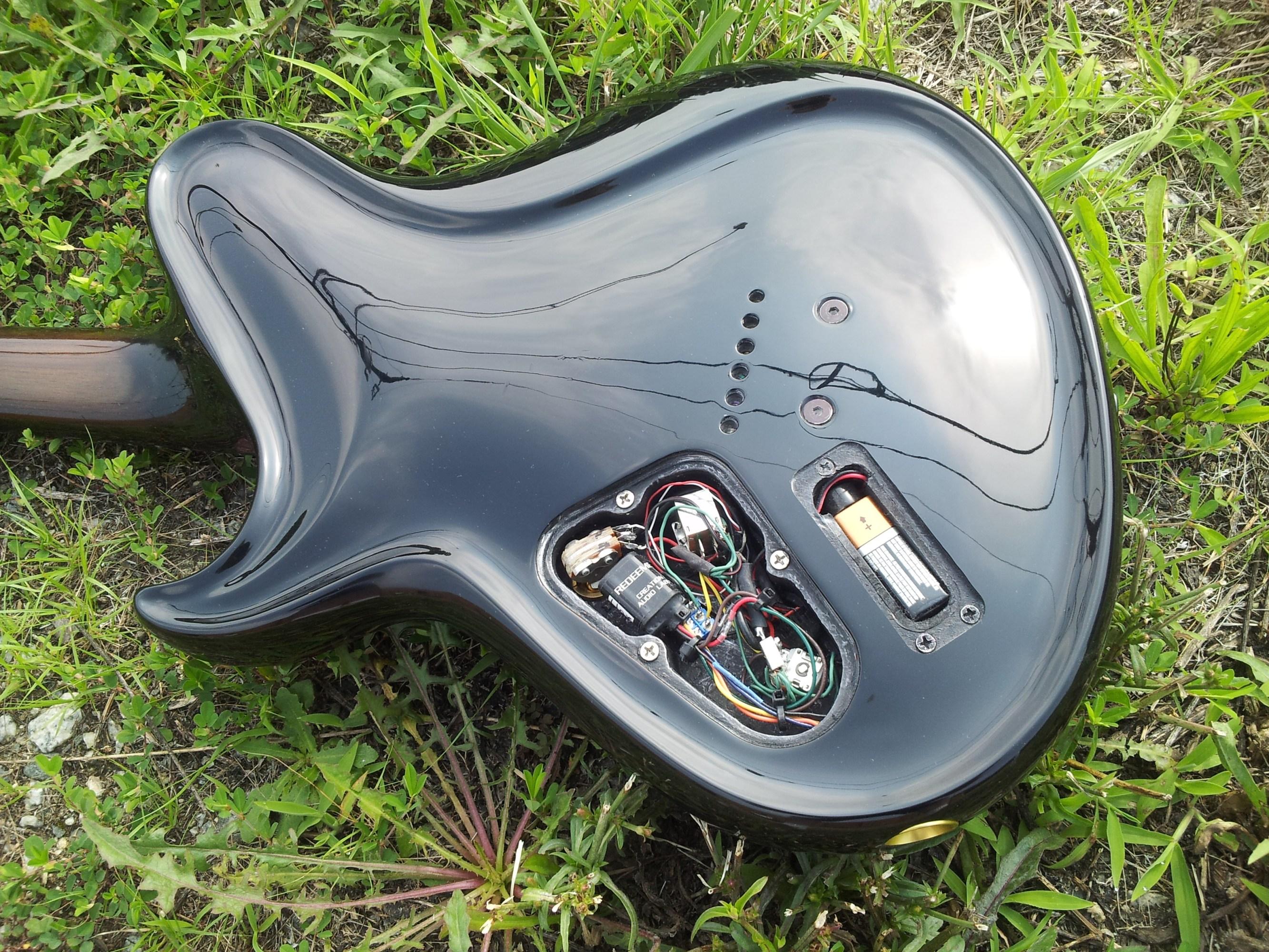 hight resolution of redeemer guitar buffer installed