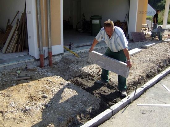 Berühmt Pflaster Verlegen Ohne Randstein | 111 Gartenwege Gestalten FN98
