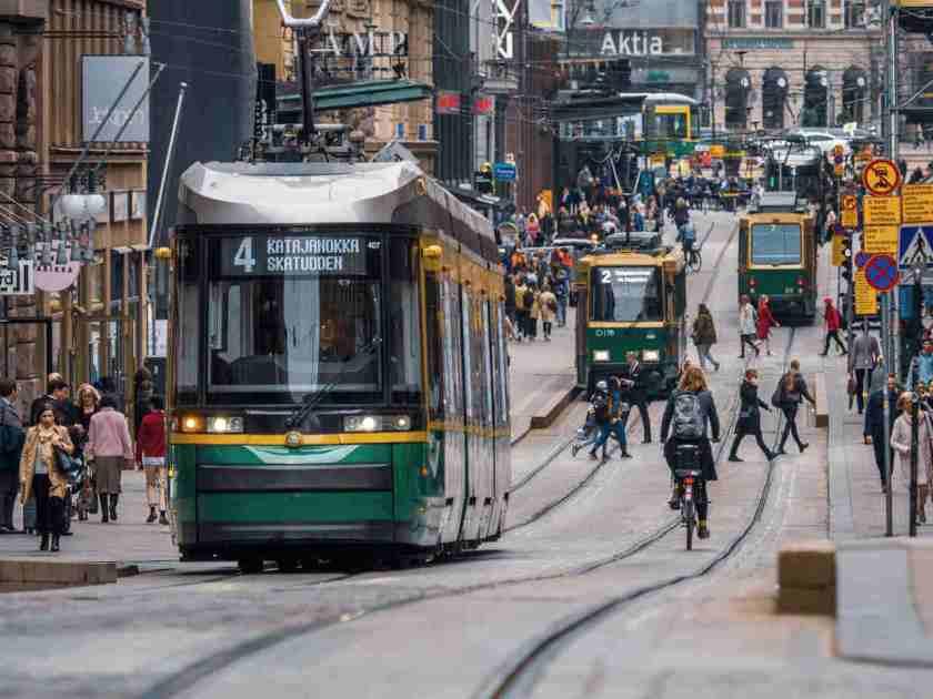 rede de transportes em helsinque na finlandia