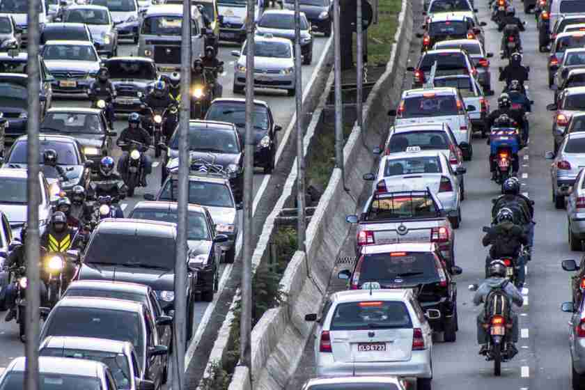 avenida 23 de março em sao paulo no horario de rush