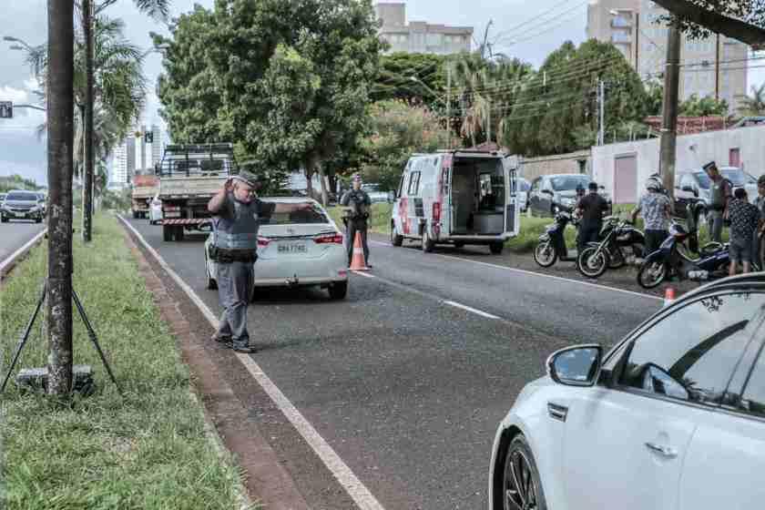 blitz policial para carro