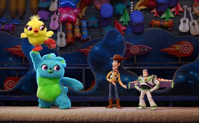 The Toys Are Back In Toy Story 4 International Poster Cbr