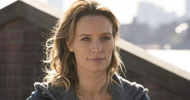 Here's What We Know About Actress Michaela McManus, Joe's Obsession On 'You'  Season 3