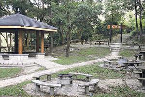 雷鼎鳴 - 再論郊野公園的社會成本 - 香港經濟日報 - 即時新聞頻道 - 分析 - D150109