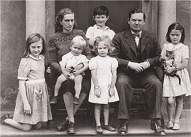 Fathers and Sons The Autobiography of a Family  Alexander Waugh  Books  Review  The New