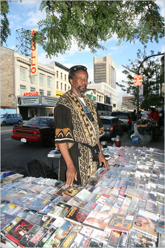 Longtime Harlem Fixture Now Sells CDs on Street  The New York Times