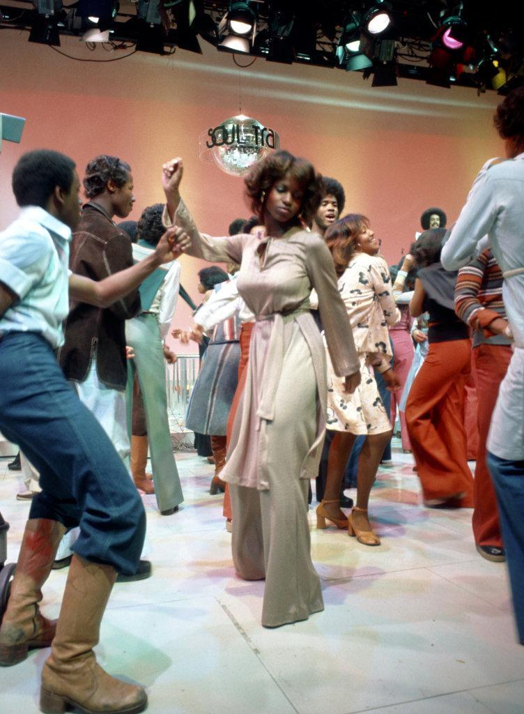 Soul Train Line Dancing : train, dancing, Celebrities, Remember, 'Soul, Train', Times