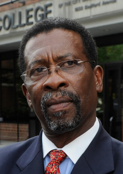 Medgar Evers College President Resigns  The New York Times