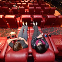 Two Person Recliner Chair Inflatable Bed Amc Theaters Lure Moviegoers With Cushy Recliners - The New York Times