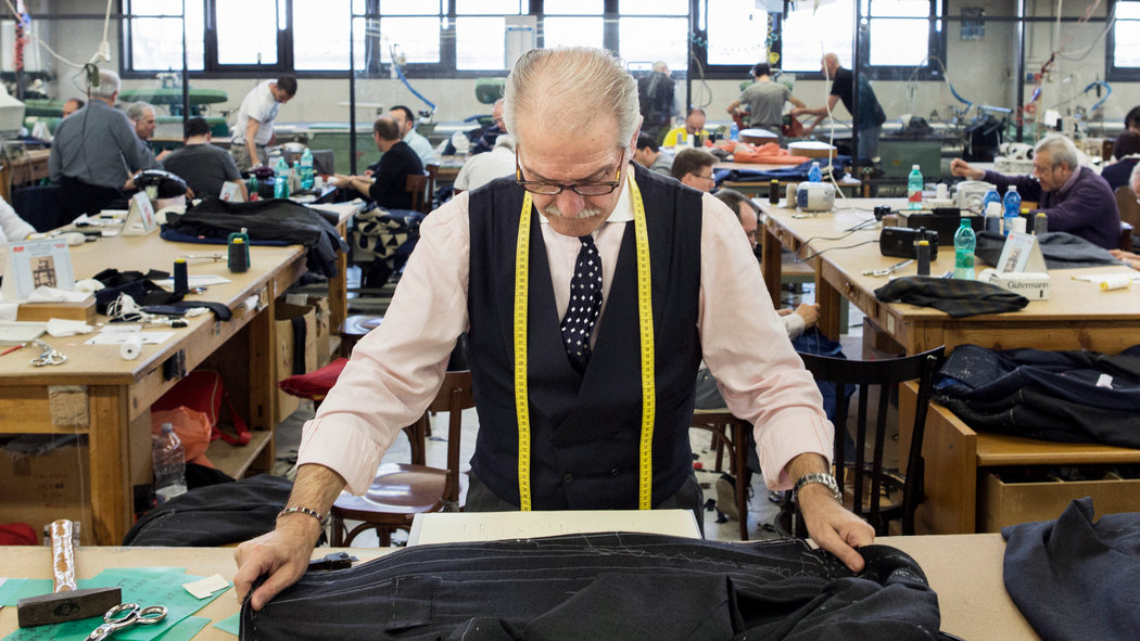 Naples a Haven of Hand Work  The New York Times