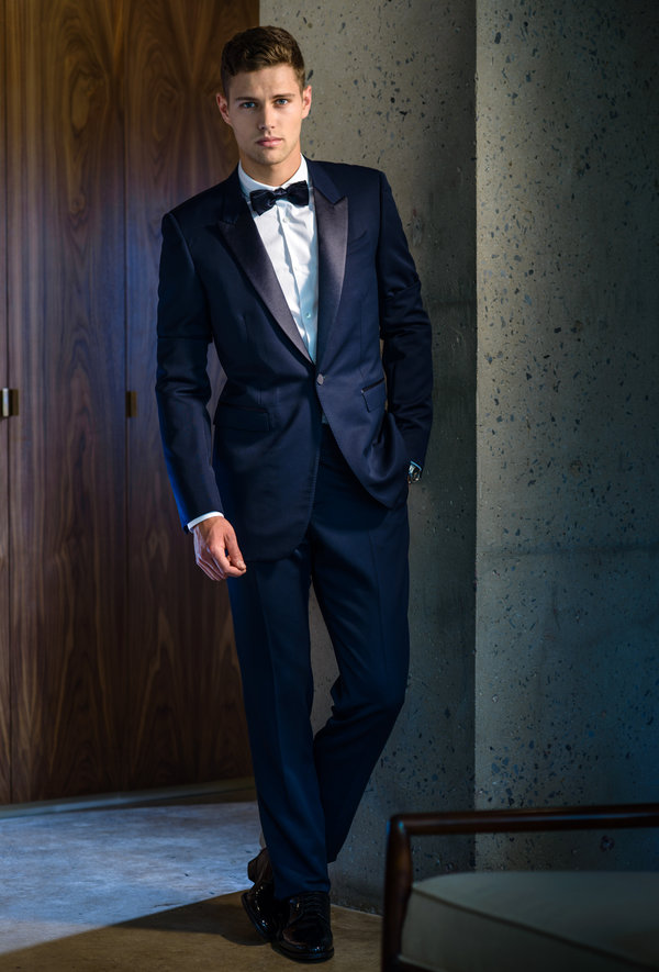 For Tuxedos Blue Is the New Black  The New York Times