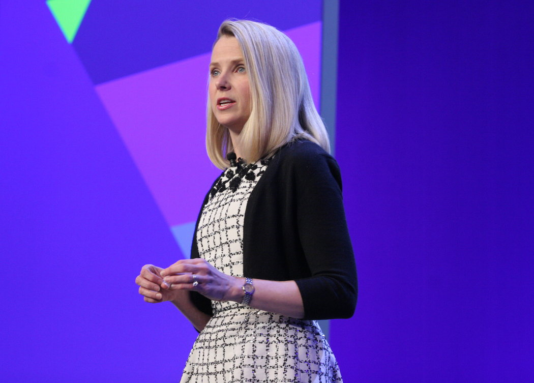 Yahoo Wants You To Linger On The Ads Too The New York Times