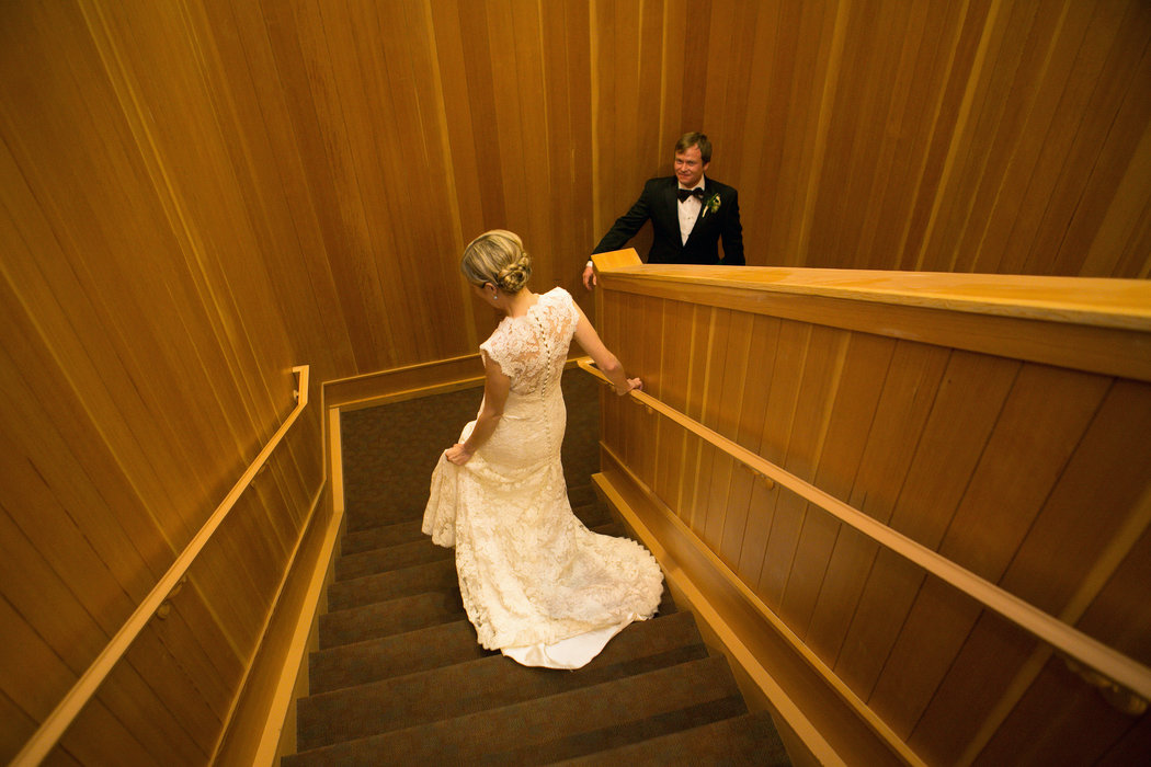 More Websites And Stores Rent Out Wedding Gowns