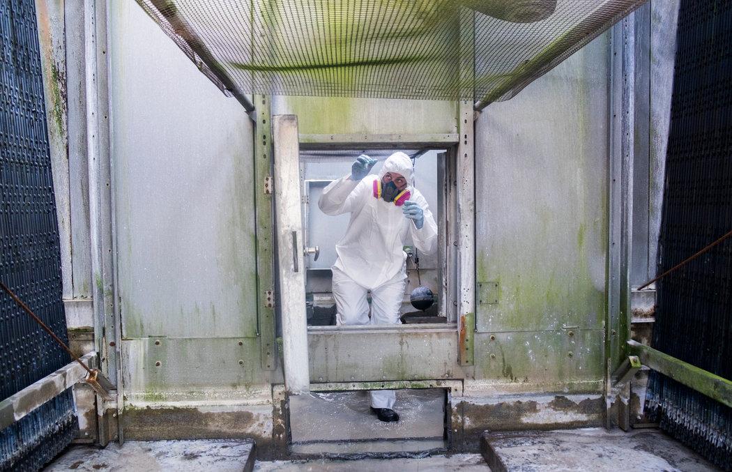 Order to Clean Towers Strains Crews Amid Legionnaires