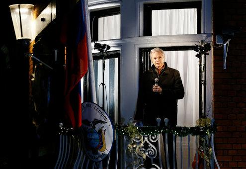 05ASSANGE web2 master495 - Ecuador Gives Assange Citizenship, Worsening Standoff With Britain