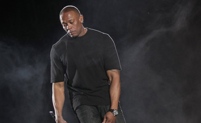 Apple And Dr Dre Are Said To Be Planning An Original Tv
