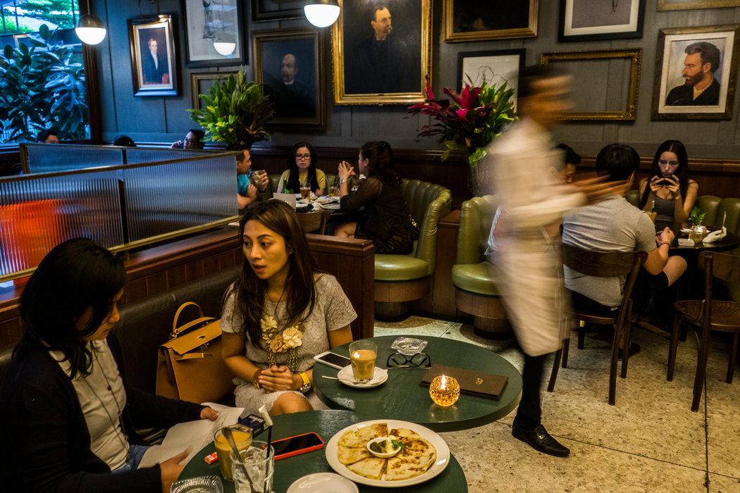 「咖啡謀殺案」讓印尼餐館生意興隆 - 紐約時報中文網