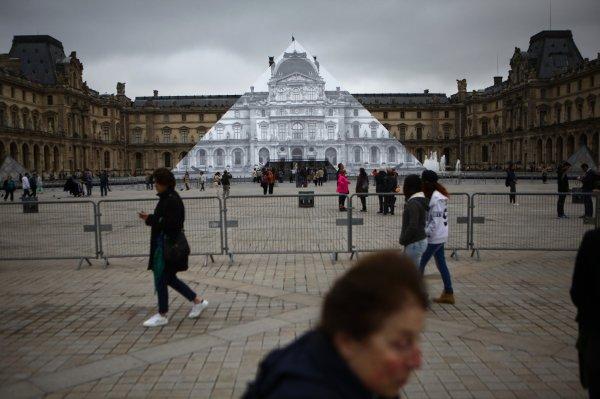 In Paris Seine Rises Highest Level 1982