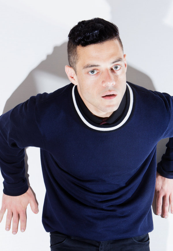 Falling Star Wallpaper Hd Rami Malek Of Mr Robot The Face Of Hacktivism The