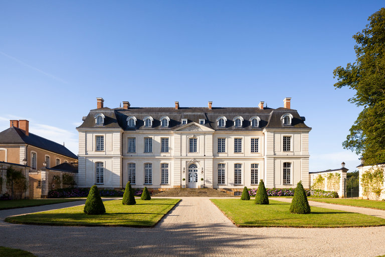 The White Limestone Chateau Du Grand Luce Is Considered One Of The Finest Examples Of Th Century Neo Cl Ical Style In France Credit Eric Piasecki