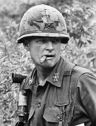 Lt Gen Harold Moore Whose Vietnam Heroism Was Depicted