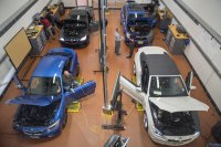 Shortage of Auto Mechanics Has Dealerships Taking Action ...