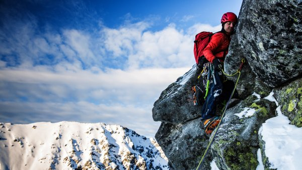 Images of Dead Mountain Climbers K2