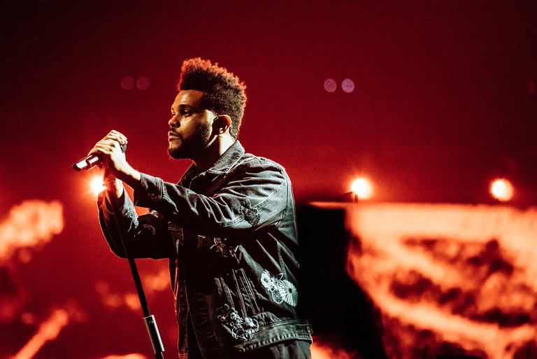 Legend Of The Fall Tour Wallpaper Review The Weeknd Fills A Brooklyn Arena With Moody Gloom