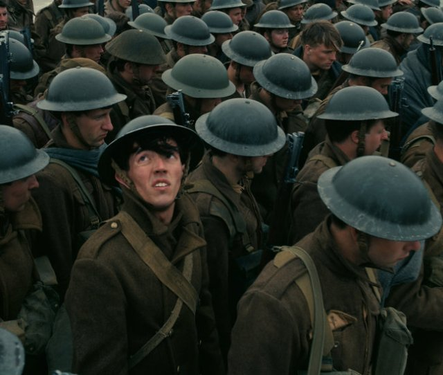 Review Dunkirk Is A Tour De Force War Movie Both Sweeping And Intimate The New York Times